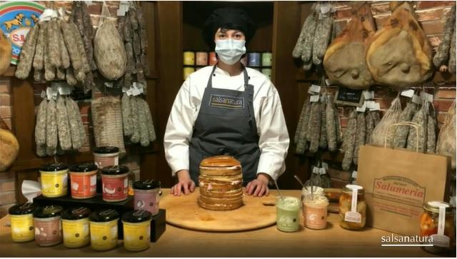 Panettone_gastronomico_con_prodotti_piacentini_salsanatura